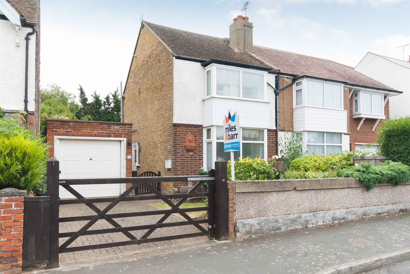 2 Bedrooms House for sale in Cross Road, Birchington